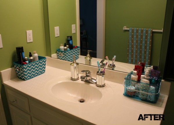 Organizing a teenage girl 39 s bathroom for Teen girl bathroom ideas